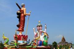 Statyer av Buddha och gudar Arkivbilder