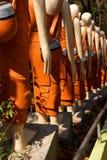 Statyer av buddistiska nunnor Arkivbilder