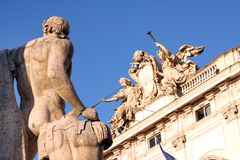 Statyer av den Quirinal slotten Rome Italien Fotografering för Bildbyråer