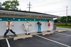 Statyer av Elvis Presley, Marilyn Monroe, James Dean och Betty Boop Royaltyfria Foton