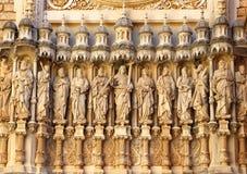 Statyer av Santa Maria de Montserrat Abbey i kloster av Monts Arkivbild
