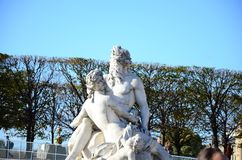 Statyer för Jardin des Tuileries arkivfoton