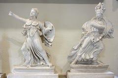 Statyer i museum av Epidauros Arkivfoton
