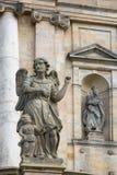 Statyer nära Kloster Michelsberg (Michaelsberg) Arkivbild