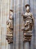 Statyer på den helgonVitus domkyrkan, Prague Royaltyfria Foton