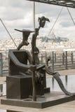 Statyer på den moderna Art Pompidou Royaltyfri Fotografi