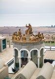 Statyerna av Jesus och tolv apostlar, Domus Galilaeae i Israel Royaltyfri Bild