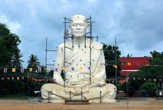 Statyerna av Loung Por Pearm Arkivbilder