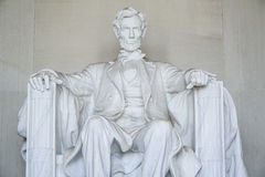 Statyn av Abraham Lincoln på Lincoln Memorial i Washington - WASHINGTON DC - COLUMBIA - APRIL 7, 2017 Royaltyfri Foto