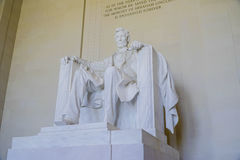 Statyn av Abraham Lincoln på Lincoln Memorial i Washington - WASHINGTON DC - COLUMBIA - APRIL 7, 2017 Royaltyfri Bild