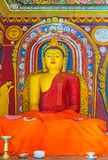 Statyn av att meditera Buddha Royaltyfri Foto