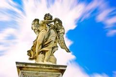 Statyn av den Aelian bron i Rome arkivfoton