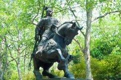 Statyn av en kinesisk befälhavare i forntida tider Arkivfoton