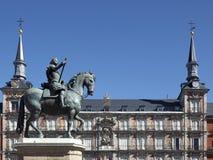 Statyn av konungen Felipe III Royaltyfri Fotografi