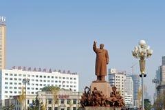 Statyn av Mao Zedong Arkivbilder