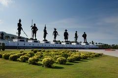 Statyn av sju konungar på Rajabhakti parkerar Hua Hin Thailand royaltyfria bilder