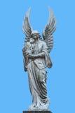 Statyn för grå vit av maria med behandla som ett barn den christ statyn Arkivfoto