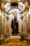 Statyn för St Benedict var vallfärdar kommet i behov för förfrågningar Royaltyfri Foto