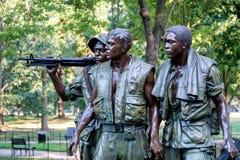 Statyn för tre soldater som firar minnet av vietnamkriget i Washington D C Royaltyfri Foto