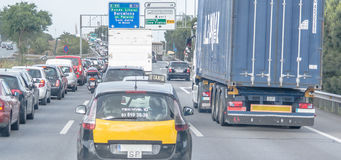 Stau auf der spanischen Landstraße Lizenzfreie Stockfotos