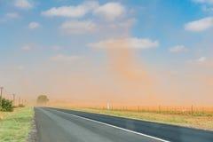 Staubsturm zwischen Bloemfontein und Petrusburg Stockfotos