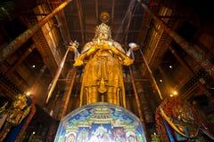 Staue dourado da Buda fotografia de stock royalty free