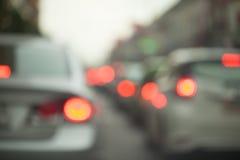 Staus in der Stadt - Hauptverkehrszeit softfocus und über undeutlichem Stockfoto