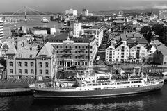 STAVANGER, NOORWEGEN - CIRCA 2016 - een hoogste mening van de stad van Stavanger in Noorwegen stock foto