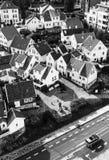 STAVANGER NORGE - CIRCA 2016 - en sikt av den gamla staden för Stavanger ` s i Norge Många traditionella norska hus kan finnas i  arkivbild