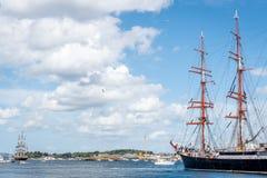 Stavanger/Norvège - 29 juillet 2018 : Les bateaux grands emballent image libre de droits