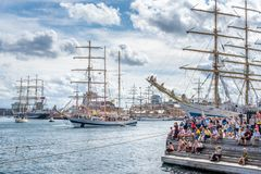 Stavanger/Norvège - 29 juillet 2018 : Les bateaux grands emballent photo stock