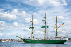 Stavanger/Norvège - 29 juillet 2018 : Les bateaux grands emballent image stock