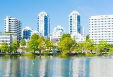 Stavanger-Stadtpark und Hotels Norwegen stockbild