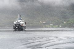 Stavanger Tau ferryship Stord krzyżuje fjord Fotografia Royalty Free