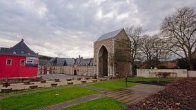 Stavelot-Abtei an einem bewölkten Tag Stockfotografie