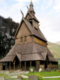Stavkirke in Noorwegen Stock Afbeeldingen