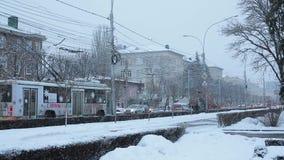 Stavropol Ryssland - Februari 2018: Stavropol centrala gator i vinter lager videofilmer
