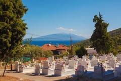Stavros Town y mar Imágenes de archivo libres de regalías