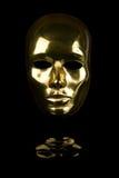 stawia czoło złotą maskę obrazy royalty free