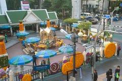 Stawiająca czoło Brahma statua przy Ratchaprasong złączem, Bangkok Zdjęcia Stock