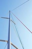 Staysailzeilval op de mast stock foto's