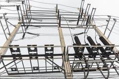 Stazione ad alta tensione di distribuzione elettrica Immagine Stock Libera da Diritti