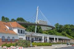Stazione al porto e ponte pedonale in Sassnitz fotografie stock libere da diritti