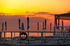 Stazione balneare del deserto dopo il tramonto Immagini Stock Libere da Diritti