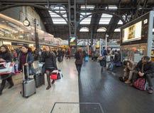 Stazione Centrale plattformar i Milan Royaltyfri Foto