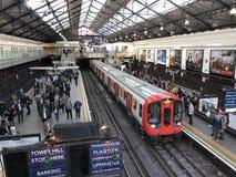 Stazione della metropolitana della corte di Earl's, Londra Fotografia Stock Libera da Diritti