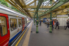Stazione della metropolitana del sud di Kensington Immagini Stock Libere da Diritti