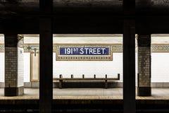Stazione della metropolitana della via del vecchio segno d'annata 191th nel Bronx Fotografia Stock Libera da Diritti