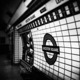 Stazione della metropolitana in sotterraneo del quadrato di Leicester Fotografia Stock