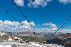 Stazione dello sci in alte alpi Immagine Stock Libera da Diritti